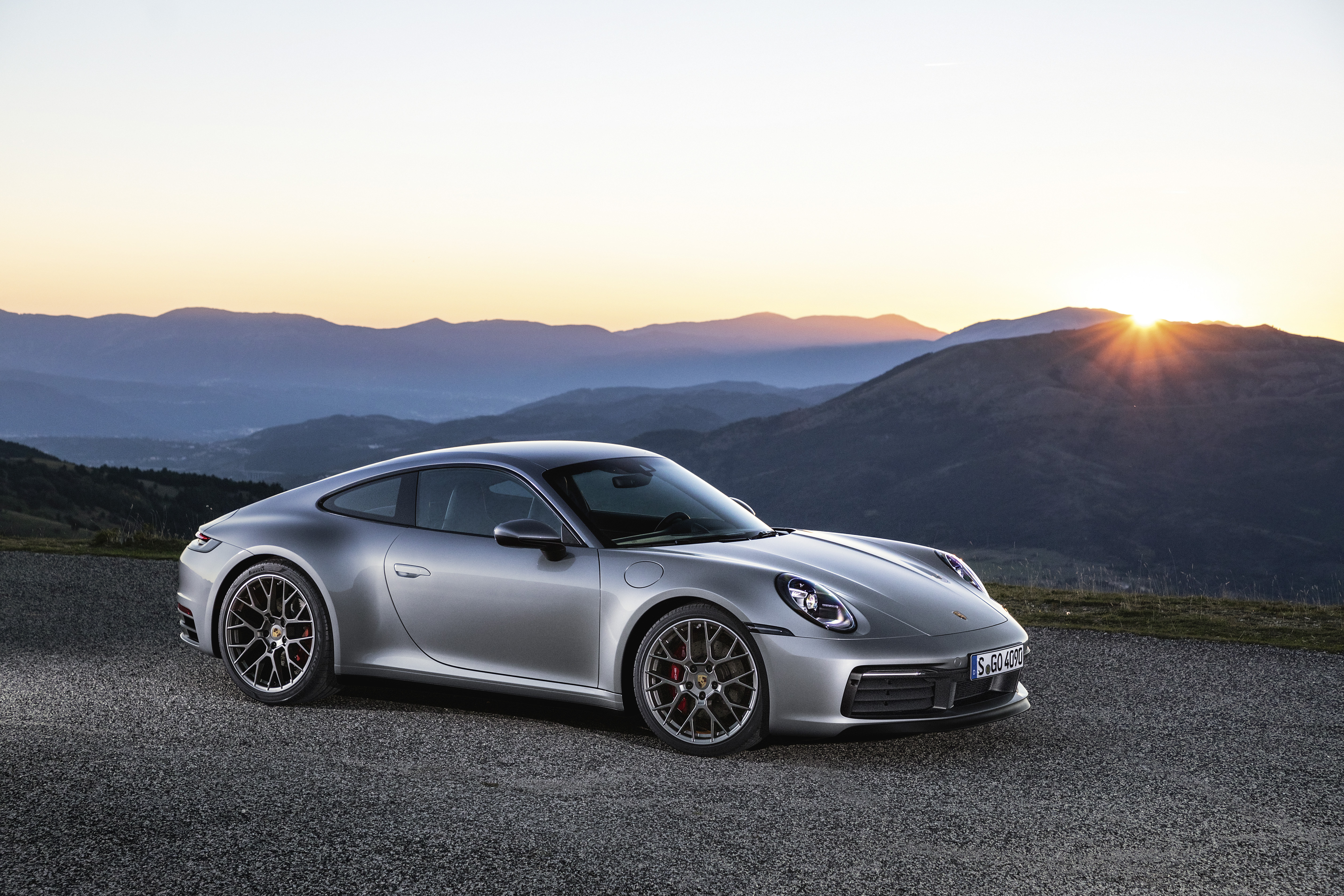 The New 2020 Porsche 911 Carrera S And 4s More Powerful More Dynamic Unmistakably A 911 Dr Ing H C F Porsche Ag Press Database