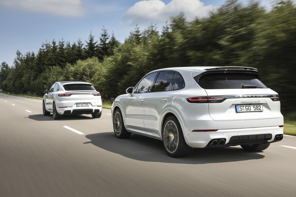 Most Powerful Porsche Cayenne Turbo S E Hybrid Models Announced Dr Ing H C F Porsche Ag Press Database
