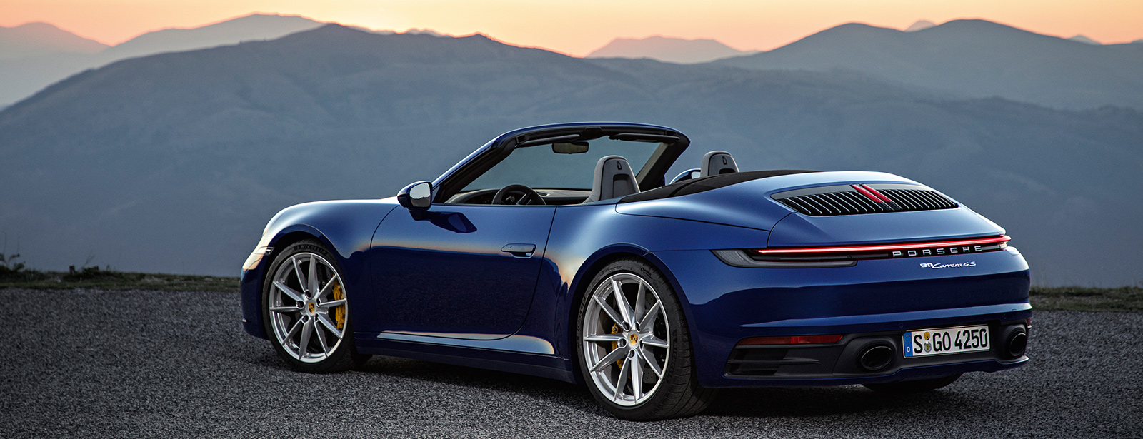 911 Carrera 4s Cabriolet Dr Ing H C F Porsche Ag Press Database